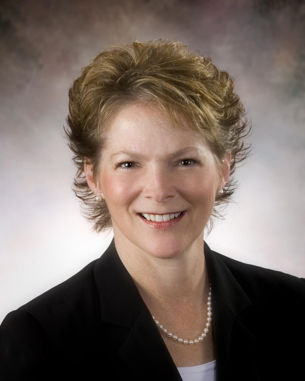 Dental Industry Speaker Karen Davis